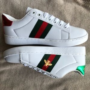 New Gucci Ace Embroidered Bee Shoes Size 8
